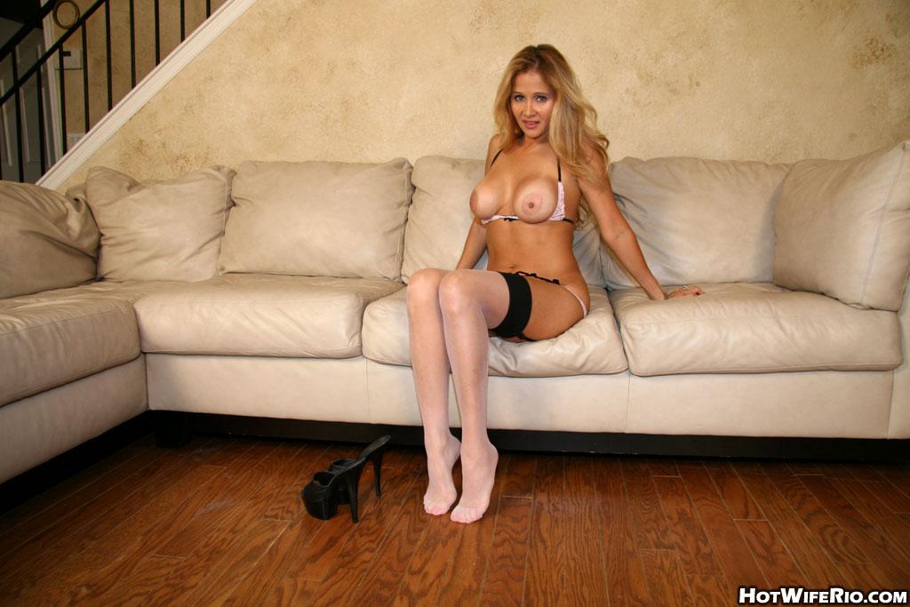 Hot wife rio feet
