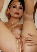 Heather Vandeven getting off with pearls